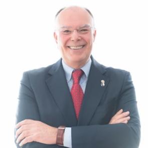 Arturo Alagón, Gobernador distrito 2203 Rotary 2019-20