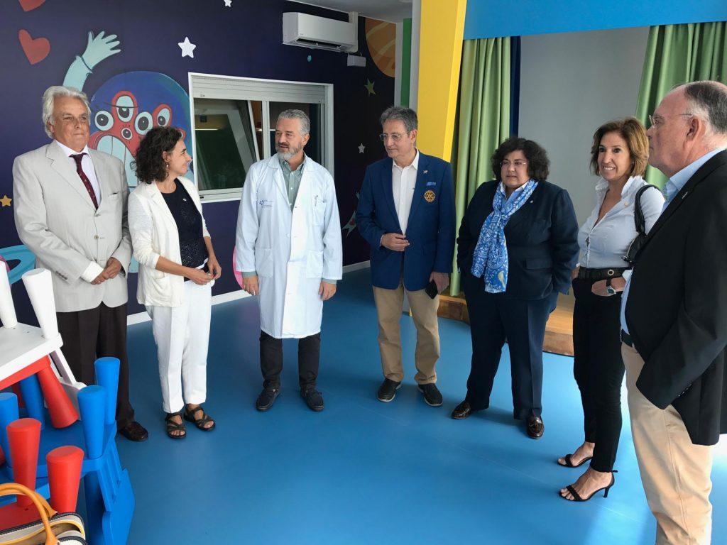 Arturo Alagón en visita al hospital de Nuestra Señora de la Candelaria